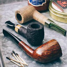 Four pieces from Italian carver Giacomo Penzo plus fresh pipes from Adam Davidson and Tom Eltang. http://smokingpip.es/2ALhjLZ?utm_content=buffereeda8&utm_medium=social&utm_source=pinterest.com&utm_campaign=buffer
