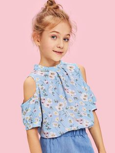 To find out about the Girls Cold Shoulder Calico Top at SHEIN, part of our latest Girls Blouses ready to shop online today! Kids Outfits Girls, Cute Girl Outfits, Little Girl Dresses, Girls Clothing Stores, Girls Fashion Clothes, Fashion Design For Kids, Fashion Kids, Kids Dress Collection, Classy Work Outfits