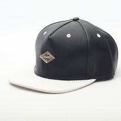 $24.20 (Buy here: https://alitems.com/g/1e8d114494ebda23ff8b16525dc3e8/?i=5&ulp=https%3A%2F%2Fwww.aliexpress.com%2Fitem%2FSnapback-male-female-hip-hop-hats-adjustable-leather-white-brim-black-baseball-caps-men-women-sport%2F32612182312.html ) Snapback male female hip hop hats adjustable leather white brim black baseball caps men women sport sun protect hats XH009 for just $24.20