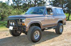 1984 Ford Bronco XLT 4X4