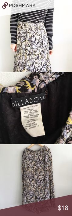 """Billabong Paisley Floral Maxi Skirt Excellent condition with no rips or stains, Elastic waist band. Waist is approx. 14"""" across laying flat. Length is approx. 42"""". Fully lined (100% cotton). 100% rayon. *1108160180* Billabong Skirts Maxi"""