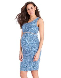 Made in our signature soft stretch jersey, this chic blue printed maternity dress is designed to fit & flatter your curves through every stage of pregnancy. The slim, sleeveless style is perfect for layering, with flattering ruching at the sides to provide a flexible fit. Easy care & easy-to-wear, this is an everyday style staple. Team it with sandals & an empire belt for the weekend, or shrug on a blazer for the office.  Styled with: Braided Leather Maternity Belt