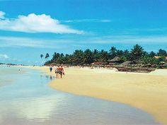 Hikkaduwa, Sri Lanka (www.secretlanka.com) #SriLanka #Hikkaduwa #Beach