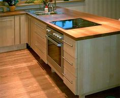 Kaasaegne minimalismi, Solid wood Kitchens #kitchens #kitchen #kitchendesign #kitchenideas #kitchenremodel #köögimööbel #keittiökalusteet #kök #küchenmöbel Kitchens, Design, Solid Wood, Furniture, Home Decor, Trendy Tree, Homemade Home Decor, Kitchen, Cucina