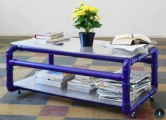 Table made with pvc pipes Pvc Pipe Crafts, Pvc Pipe Projects, Diy Pipe, Home Projects, Pvc Pipe Furniture, Pipe Table, Vinyl, Interior Design, Home Decor