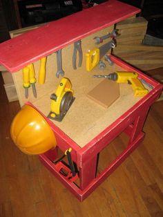 DIY Furniture : DIY Kids Workbench with Top Shelf