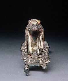 Egide et contrepoids de collier à l'effigie du dieu crocodile Sobek-Rê