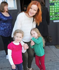 Marcia Cross, who married Tom Mahoney in gave birth shortly after to twin girls, Eden and Savannah, in February 2007 — just before she turned Marcia Cross, How To Conceive Twins, How To Have Twins, Celebrity Twins, Cute Twins, Desperate Housewives, Twin Girls, Double Trouble, Celebs
