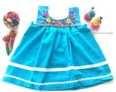 Renata Mexican Embroidered Fiesta Baby Dress por MexicanartDesigns