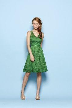 Beautiful V-neck Lace Knee Length Zipper Up A-line Bridesmaid Dresses/ Wedding Party Dresses 163011