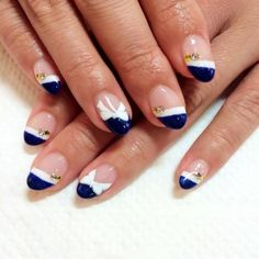 ダブルフレンチ 【Petit Blanc】 http://nail-beautynavi.woman.excite.co.jp/design/detail/22003?pint ≪ #nail #nails #nailart #softgel #gelnail #ジェルネイル #冬ネイル #フレンチネイル ≫
