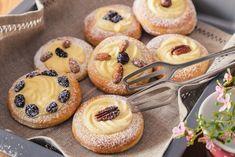 EXTRA JEMNÉ KOLÁČE S DOMÁCÍ MAJONÉZOU - Inspirace od decoDoma Sweet Recipes, Cheesecake, Muffin, Food And Drink, Treats, Baking, Breakfast, Basket, Sweet Like Candy