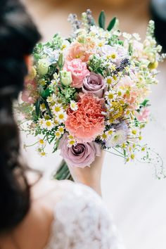 Pastel bridal bouquet with carnations, roses and daisies // Wei Jie + Katheryn's Purrfect Wedding at Cat Cafe Neko no Niwa