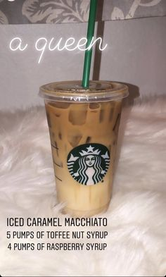 Starbucks Hacks, Starbucks Secret Menu Drinks, Starbucks Iced Coffee, Bebidas Do Starbucks, Healthy Starbucks Drinks, Yummy Drinks, Frappuccino, Low Cal, How To Order Starbucks
