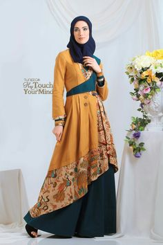 Fashion hijab muslim batik 58 Ideas for 2019 Batik Fashion, Abaya Fashion, Women's Fashion Dresses, Batik Muslim, Moslem Fashion, Dress Pesta, Beautiful Red Dresses, Muslim Dress, Batik Dress