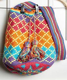 crochet bags pattern Wayuu bag Free crochet pattern wayuu bag here: DIAGRAM HERE - Wayuu bag MATERIALS: Yarn: Anne, from Circulo yarns – 5 different colours earch) Crochet Hook: mm Free crochet pattern wayuu bag here: DIAGRAM HERE Receitas Círculo - Wa Mochila Crochet, Crochet Shell Stitch, Crochet Diy, Crochet Handbags, Crochet Purses, Knit Or Crochet, Crochet Bags, Crochet Stitches, Tapestry Crochet Patterns