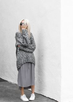 Fashion Mode, Grey Fashion, Look Fashion, Winter Fashion, Womens Fashion, Mode Outfits, Skirt Outfits, Fall Outfits, Casual Outfits