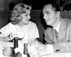 Jean Harlow with William Powell. Taken in You can see the illness already taking over in Jean, she looks tired. Very heartbreaking. Golden Age Of Hollywood, Vintage Hollywood, Hollywood Glamour, Hollywood Stars, Classic Hollywood, Vintage Vogue, Hollywood Couples, William Powell, Myrna Loy