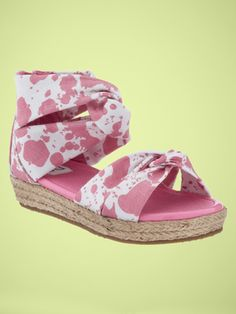 awww... DVF shoes @ gapkids.  I gotta buy these for my princess.