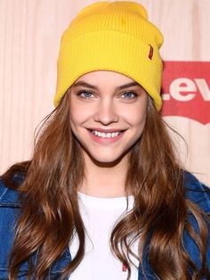 Hairstyle for girls Barbara Palvin, Sports Illustrated, Beautiful Celebrities, Beautiful Women, Female Celebrities, Fashion Models, Fashion Beauty, Models Style, Lily Chee