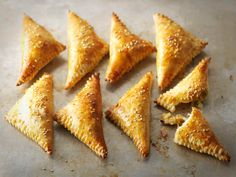 Kinkkukolmiot Finnish Recipes, Party Food Platters, Tasty, Yummy Food, Everyday Food, Food Inspiration, Easy Meals, Food And Drink, Cooking Recipes