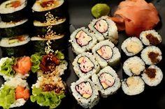 Super sushi in Warsaw Warsaw, Food Photo, Sushi, Ethnic Recipes, Fine Dining, Food Photography, Sushi Rolls