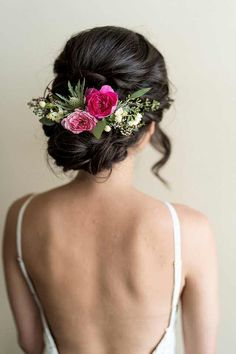 Wedding Crashers Drinking Game either Bridal Hair Comb Headpiece via Hair Vine Bridal Jewelry Bridal Hair Vine, Wedding Hair Flowers, Wedding Hair And Makeup, Flowers In Hair, Hair Makeup, Hair Wedding, Post Wedding, Hairstyle Wedding, Wedding Flower Hairstyles