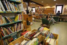 VILOBÍ D'ONYAR Biblioteca Municipal Can Roscada via Flickr