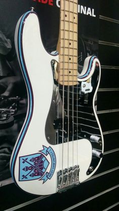 Fender Steve Harris signature P-Bass. (This one is for my dad who's a Hammer) Fender Bass Guitar, Fender Guitars, Jaco Pastorius, Custom Guitars, Iron Maiden, Percussion, Music Stuff, Have Time, Acoustic