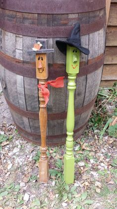 Check out this item in my Etsy shop https://www.etsy.com/listing/252105917/scarecrow-reclaimed-spindle-repurposed