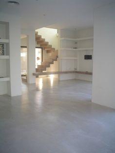Pisos Cemento Alisado - Microcemento - Micropisos - $ 150,00 Floor Design, House Design, Wall Ladders, Concrete Floors, Ceramic Flooring, Flooring Tiles, Modern Interior, Interior Design, Plaster Walls