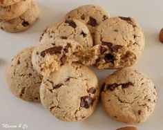 Cookies à la purée d'amande | Mamou & Co Healthy Cake, Healthy Recipes, Healthy Food, Cookies Light, Candida Albicans, Cookies Et Biscuits, Cooking Time, Muffins, Deserts