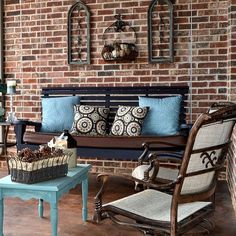 Front Porch Decor - I love this look!