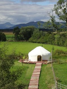 Trossachs Yurts, Perthshire. Buy West Moss-side organic Shetland beef steaks, sausages and steakburgers http://www.organicholidays.co.uk/at/2836.htm