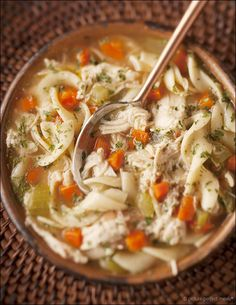 Old-Fashioned Chicken Noodle Soup - chicken noodle soup does so much more than feed a cold - it's love and comfort in a bowl. The BEST chicken noodle soup! Soup Recipes, Chicken Recipes, Cooking Recipes, Healthy Recipes, Chicken Soup, Cooked Chicken, Rotisserie Chicken, Recipies, Garlic Chicken
