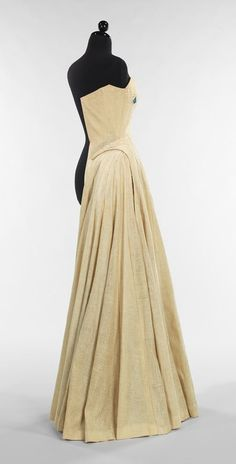 Charles James: Half-sewn muslin (2009.300.742) | Heilbrunn Timeline of Art History | The Metropolitan Museum of Art