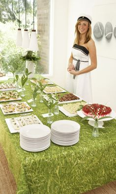 Valkolakkien juhlaa   Maku Picnic Blanket, Outdoor Blanket, Katana, Table Decorations, Baking, Student, Cakes, Food, Cake Makers