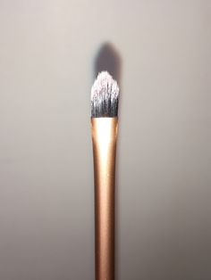 Pink Chocolate Mocha - Real Techniques Core Collection Brush Kit Review - Detailer Brush
