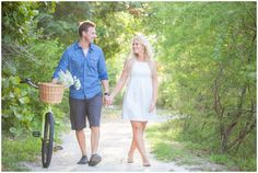 Way's To Resolve Conflict In A Love Relationship. Picnic Engagement Photos, Vintage Engagement Photos, Engagement Shoots, Southern Prep, Relationship, Romantic, Photography, Dresses, Facebook
