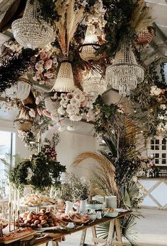 30 Free-Spirited Bohemian Wedding Ideas The stylistics of the boho wedding is easy to create and it is so beautiful. We have collected the best bohemian wedding ideas for your inspiration. Boho Wedding, Wedding Table, Wedding Flowers, Dream Wedding, Bohemian Chic Weddings, Bohemian Bride, Forest Wedding, Woodland Wedding, Bouquet Wedding
