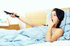 Evite assistir TV antes de dormir