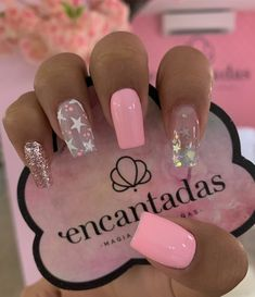 45 Trendy Pink Christmas Nails You Will Love Fabulous Nails, Gorgeous Nails, Pretty Nails, Nail Manicure, Aycrlic Nails, Gold Glitter Nails, Magic Nails, Fire Nails, Best Acrylic Nails