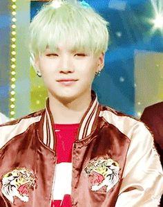 He's such a bias wrecker 😭❤️ Namjoon, Min Yoongi Bts, Jimin Jungkook, Min Suga, Bts Bangtan Boy, Suga Gif, I Love Bts, Bulletproof Boy Scouts, Daegu