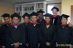 Generación de graduados 2006 del Seminario Internacional de Miami (MINTS), en la ceremonia de graduación en las oficinas centrales en Miami Florida.