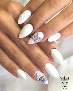 Fabulous 30th birthday!!!!!!  #nails #nailart #birthdaynails #dazzlingwhite #fabulousthirtiethbirthday #fotooftheday📷💕 #nailsoftheday #nailssalon #shinynails #nailaddict #nails2inspire #nailaholic #nothingisordinary #nailartists #marinaveniou #trustthexperts #beautymakesyouhappy   www.kalliopeveniou.gr
