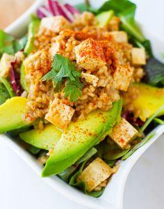 Spicy Peanut Tofu Rice Salad with Avocado! I may have found a way to eat tofu! Tofu Salad, Rice Salad, Soup And Salad, Avocado Salad, Avocado Rice, Tofu Recipes, Whole Food Recipes, Vegetarian Recipes, Healthy Recipes