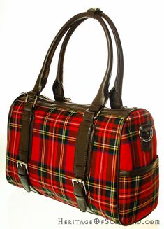 Click on the photo to go to our online store. Plaid handbag.    Ladies Wool Tartan Handbag, Double Buckle, Stewart Royal    Product ID: 18969