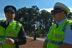 This Video Of Police Questioning An Indigenous Journalist At An Anzac Day March Is Going Viral | Junkee