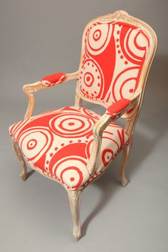 Loved this Louis XVI‐style chair covered with Virginia Johnson fabric. Created by Virginia Johnson for the Textile Museum of Canada's  reDesign fundraising event.  November 2011