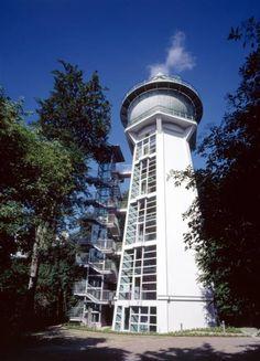 http://www.baukunst-nrw.de/objekte/Umbau-Wasserturm-Essen--2115.htm